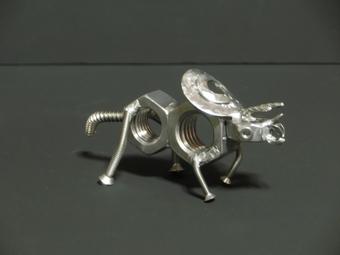 【手作りユニーク雑貨】ネジで作った恐竜トリケラトプス/プレゼント/オブジェ