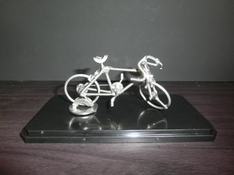 【手作りユニーク雑貨】ネジアートサイクリングバイク すべて手作りユニークアート雑貨 インテリアやプレゼントに最適です