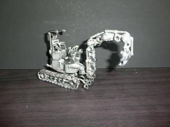 ネジアート重機シャベルカー すべて手作りユニークアート雑貨 インテリアやプレゼントに最適です