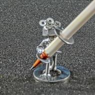 ネジアート ボルト、ボル子の鉛筆立て 全て手作りインテリアに最適です。