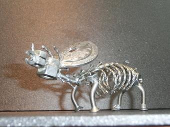 ネジアート 大型トリケラトプス骨格