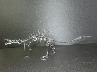 ネジアート スピノサウルス